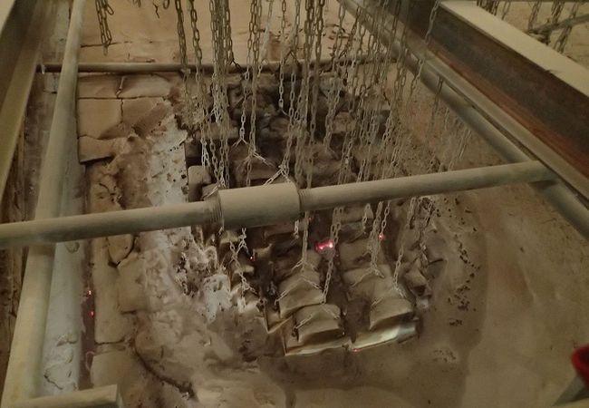 Reparatur Schmelzwannen Gewölbe